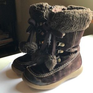Toddler girls winter boots with pom poms
